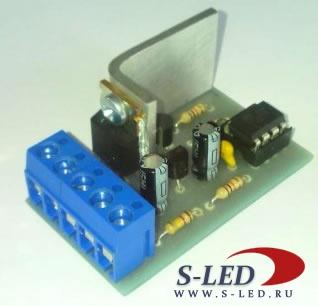 Простая схема плавного включения и выключения светодиодов на транзисторах.